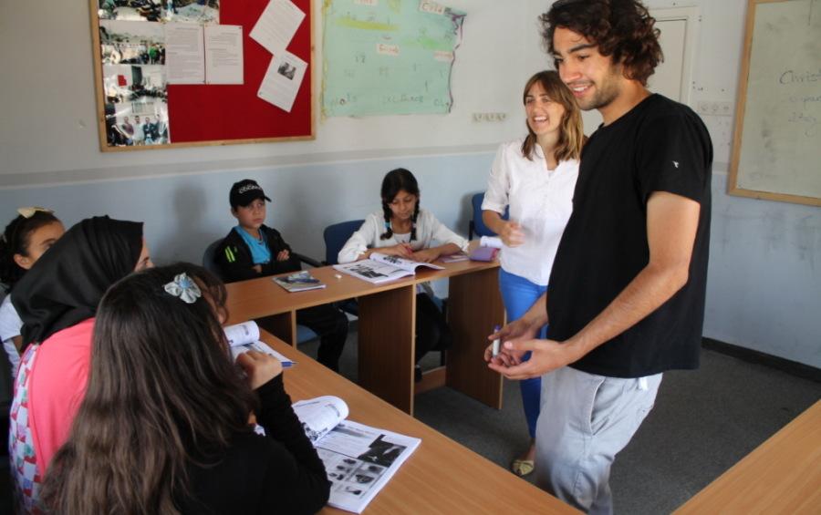 volunteer in Arab countries