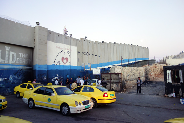 taxis-in-palestine
