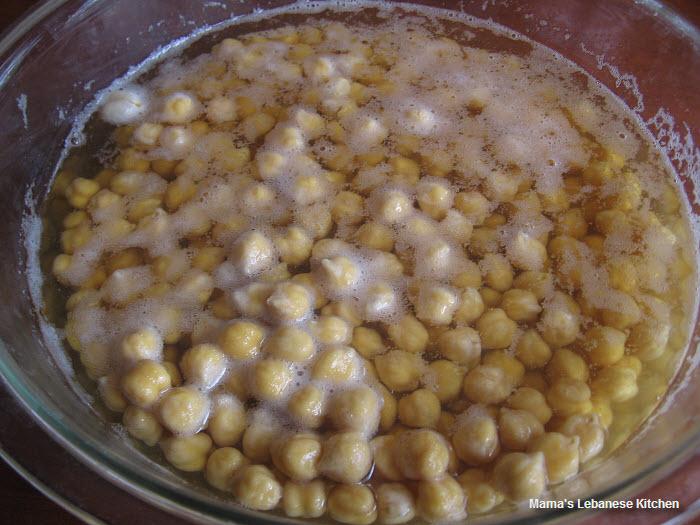 Palestinian Hummus2